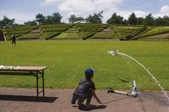 ペットボトル水ロケット作り体験
