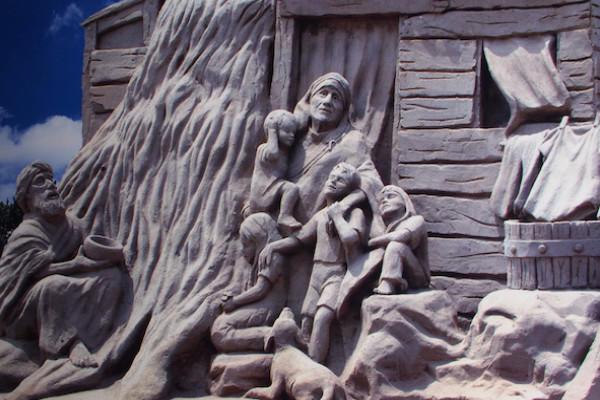当時の芸術性が高い砂像の写真
